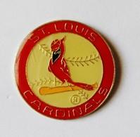 Pin's Oiseau Cardinals Saint Louis - ANIMAUX - Dieren