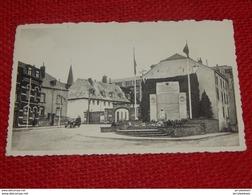 BASTOGNE -  Monument Aux Morts De La Ville  Et Le Séminaire - Bastogne