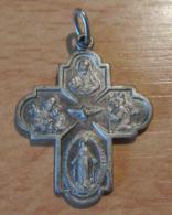 """Religion - Petite Croix Religieuse En Métal Argenté Représentant Les Saints Et Jesus - Légende """"France"""" - Religión & Esoterismo"""