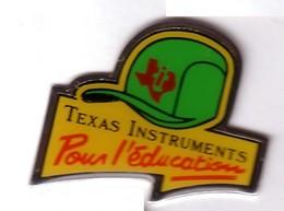 A230 Pin's BASEBALL Base Ball Texas Instruments Achat Immédiat - Baseball