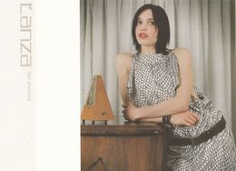 Sexy Girl By Hypnotic Metronome Hairdresser Salon Hairspray Advertising Postcard - Advertising