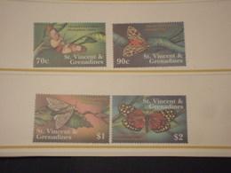 ST. VINCENT/GRENADINES 2001 FARFALLE  4 VALORI - NUOVI(++) - St.Vincent E Grenadine
