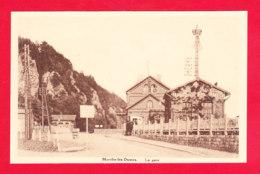 E-Belgique-439Ph60  MARCHE LES DAMES, La Gare, Le Passage à Niveau, Cpa BE - Autres