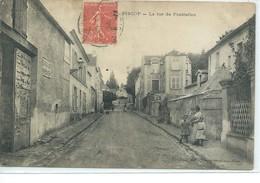 Piscop-La Rue De Pontcelles - France