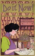 ART NOUVEAU - JEUNE FEMME ÉCRIVANT UNE LETTRE / YOUNG LADY WRITING A LETTER : DO IT NOW ! ~ 1905 - '910 (ad740) - Künstlerkarten