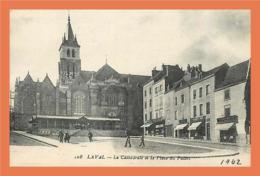 A210 / 457 53 - LAVAL - La Cathedrale Et La Place Du Palais - France