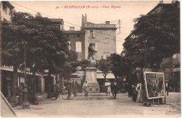 FR66 PERPIGNAN - Fau 36 - Place Rigaud - Animée - Belle - Perpignan