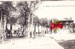 CINEY - Un Coin De La Place Monseu Et Le Kiosque - Ciney