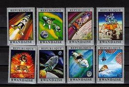 RWANDA Timbres Neufs ** De 1970    ( Ref 6856 )  Espace - Apollo - 1970-79: Mint/hinged