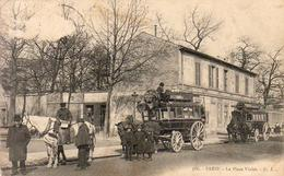D75  PARIS  La Place Violet  ........  Avec Les Omnibus Et Les Chevaux De Rechange - District 15