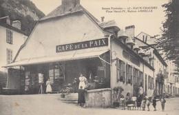 EAUX-CHAUDES: Place Henri IV, Maison AMBIELLE (Café - Restaurant) - France