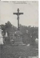 55 - ESNES - MONUMENT ELEVE A LA MEMOIRE DE M GENIN - Autres Communes