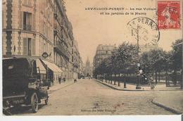 LEVALLOIS PERRET. CP Voyagée En 1912 La Rue Voltaire Et Les Jardins De La Mairie - Levallois Perret