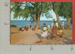 CARTOLINA NV MOZAMBICO - Costumi Locali - Missioni Estere Cappuccini Di Puglia BARI - 10 X 15 - Mozambico