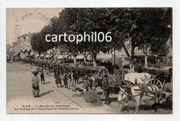 - CPA ALAIS (Alès / 30) - Le Marché Aux Vendanges Sur La Place De La République Et L'Avenue Carnot (belle Animation) - - Alès