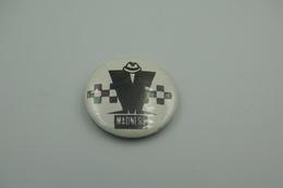 Vintage BUTTON: MADNESS TWOTONE *** - 1 INCH - Speld - Epingle - Badge - Pinback - RaRe - ORIGINAL 1980's - VTG SKA - Pin's