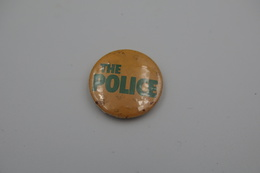 Vintage BUTTON: THE POLICE  *** - 1 INCH - Speld - Epingle - Badge - Pinback - RaRe - ORIGINAL 1980's - Pin's