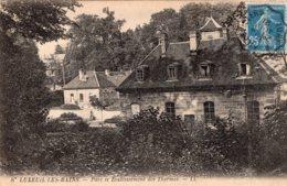 B65027 Cpa Luxeuil -  Parc Et Etablissement Des Thermes - Luxeuil Les Bains