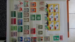 B377 Collection Timbres Et Blocs ** D'Allemagne. A Saisir !!! - Briefmarken