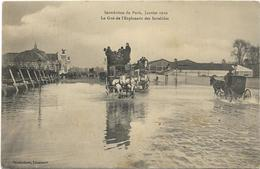 PARIS    INONDATIONS 1910   LE GUE ESPLANADE INVALIDES  (ATTELAGES    ) - Inondations