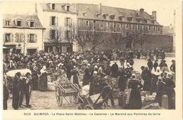 Dépt 29 - QUIMPER - La Place Saint-Mathieu - La Caserne - Le Marché Aux Pommes De Terre - (Collection Villard, N° 3403) - Quimper