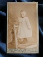 Photo CDV  Boucher à Orléans  Bébé En Robe Debout Sur Une Chaise  CA 1895 - L483D - Fotos