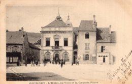 5365 Cpa Quingey - L' Hôtel De Ville Et La Grande Place - Altri Comuni
