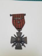 Croix De Guerre 14-18 (1 étoile + 1 Palme) - France