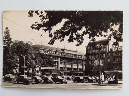 """C. P. A. : 54 NANCY : Place Thiers, """"Magasins Réunis"""", Voitures Des Années 1950 - Nancy"""