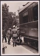 AK Propaganda / Der Führer Begibt Sich In Den Historischen Wagen / 1940 In Compiegne - Weltkrieg 1939-45