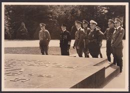 AK Propaganda / Der Führer Vor Dem Gedenkstein ..   / 1940 In Compiegne - Weltkrieg 1939-45