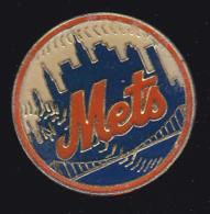 61664-pin's-Les Mets De New York Sont Une Franchise De Baseball. - Baseball