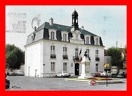 CPSM/gf (95)  SANNOIS.  Hôtel De Ville, 4CV...S2118 - Sannois