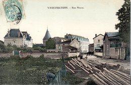 VAUCOULEURS  -  Rue Neuve  -  Belle Carte Colorisée - Altri Comuni