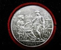 MEDAILLE ARGENT 1702-1880 CHAPLAIN CHAMBRE DE COMMERCE PRIME DE RECOMPENSE Mr CASIMIR GUIRAUD 1892 OUTILLAGE &  SOIE - Professionali / Di Società
