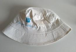 Casquettes Et Bobs - Bob - BP - Banque Pelletier Et Cie - - Casquettes & Bobs