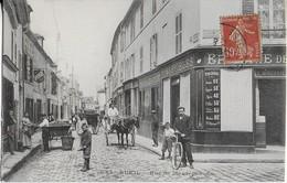 RUEIL  : Rue De Maurepas Bien Animée- Attelages Et  Commerces (1917) - Rueil Malmaison