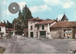 86 - Carte Postale Semi Moderne Dentelée  De  LIZANT   Le Centre Bourg - France