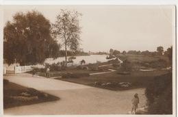 Vichy- Vue Sur L'allier Et Les Terrains Du Golf Prise Du Pavillon Sporting Club - Vichy