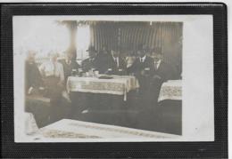 AK 0419  Gesellige Gasthausrunde Bei Bier Und Kaffee Um 1910-20 - Hotels & Restaurants