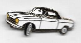 Pin's  Automobiles  PEUGEOT  403  Blanche  Décapotable - Peugeot