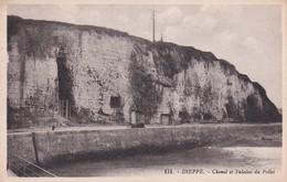 Dieppe Chenal Et Falaises Du Pollet - Dieppe