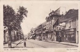 SAINT-PIERRE-sur-DIVES - Rue Falaise - Garage Cycles Et Automobiles - Pompe à Essence Texaco - Other Municipalities