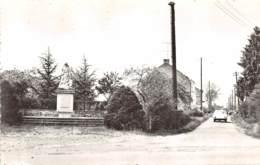 Fosses - Bambois - Monument Et Rue Du Grand Etang - Fosses-la-Ville