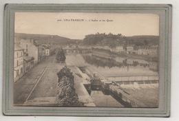 CPA - (29) CHATEAULIN - Mots Clés : Canal, Ecluse, Port, Quai Déversoir Sur L'Aulne  - Années 20 - Francia