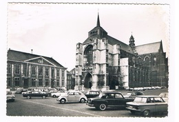 B-7619   DIEST : Stadhuis En Sulpitiuskerk - Diest