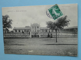 DOYET  (Allier) -- Ecole De Garçons - ANIMEE - Cpa 1908 - Francia