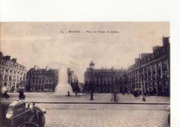 CPA - 35 - 36 -  RENNES - PLACE DU PALAIS DE JUSTICE  - N° 84 - AUTOMOBILE DE MARQUE DONNET 1915 - 1920 - - Rennes