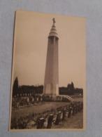(V1) Lobbes :  Monument élevé Au Cimetière à Heulen Lobbes-Belgique. - Lobbes