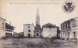 SALLES - La Place Et Le Clocher De L'Eglise Saint-Pierre - Francia